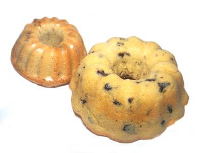 手作りチョコレートケーキレシピ【チョコチップのミニクグロフケーキ】