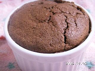 手作りチョコレートレシピ【チョコレートスフレ】