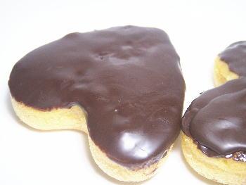 手作りチョコレートレシピ【フィナンシェ チョコレートがけ】