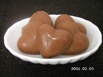 手作りチョコレートレシピ【ハートのラムチョコレート】
